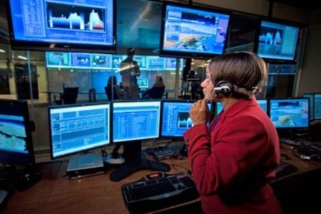 слежка правительством за людьми